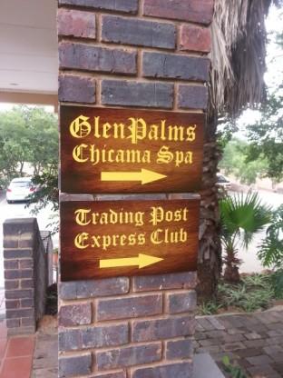 Glenpalms signage